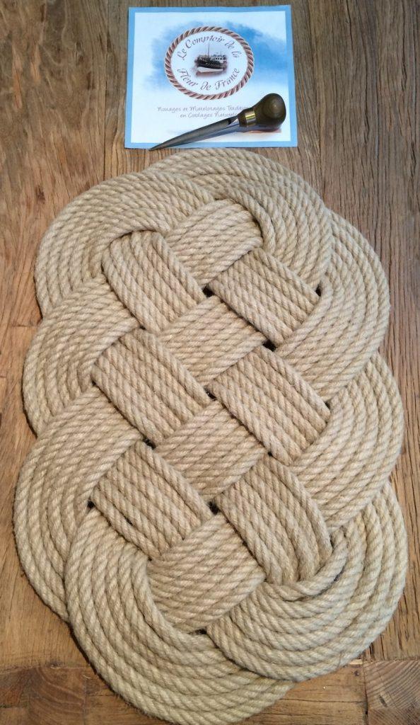 textiles-et-tapis-la-baderne-du-commandant-de-bord-12249945-img-157322-74464468-15040_big